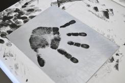 Great hand print!